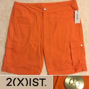 2xist orange slim cargo shorts NWT Small